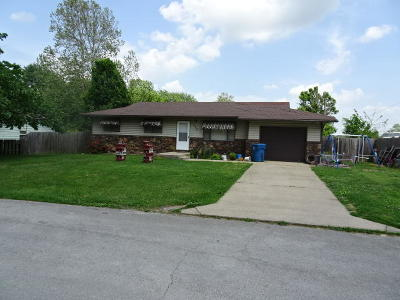 Mt Vernon Single Family Home For Sale: 922 Shafer Street