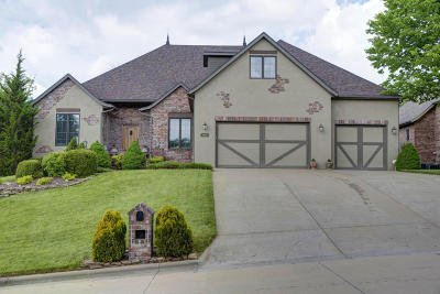 Springfield MO Single Family Home For Sale: $449,900