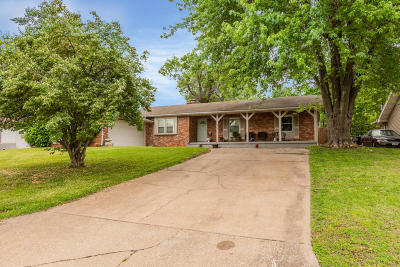 Springfield MO Single Family Home For Sale: $164,900