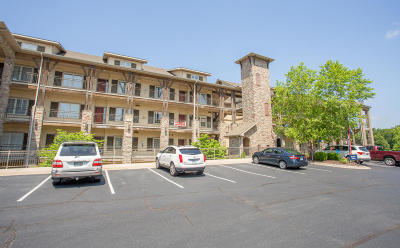 Branson Condo/Townhouse For Sale: 130 Royal Vista Drive #603