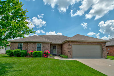 Nixa MO Single Family Home For Sale: $179,900