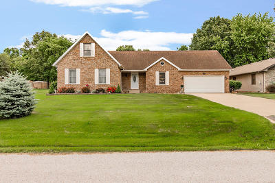 Hollister MO Single Family Home For Sale: $272,000