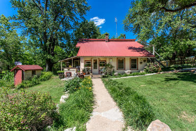 Marshfield Single Family Home For Sale: 2311 Greenwood Road
