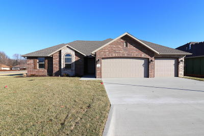 Nixa Single Family Home For Sale: 642 North Eagle Park Circle #Lot 1