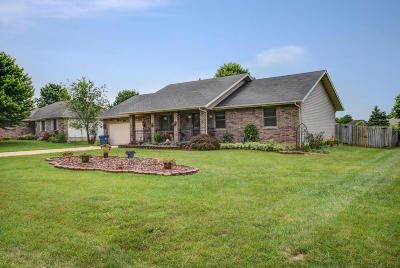 Battlefield MO Single Family Home For Sale: $159,900