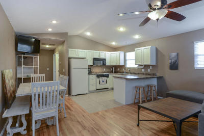 Hollister Single Family Home For Sale: 125 Trail Bamboo