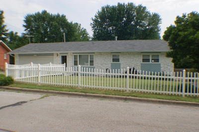 Springfield MO Single Family Home For Sale: $149,900