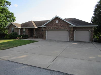 Nixa MO Single Family Home For Sale: $315,000