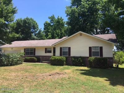 Joplin Single Family Home For Sale: 3013 South Massachusetts Avenue
