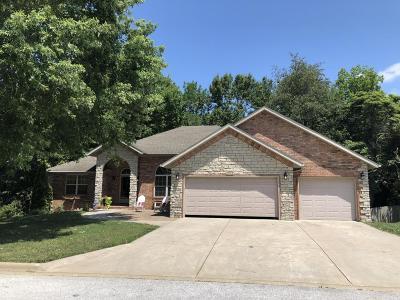 Ozark Single Family Home For Sale: 905 East Ridge Court