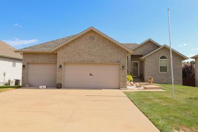 Nixa MO Single Family Home For Sale: $239,000
