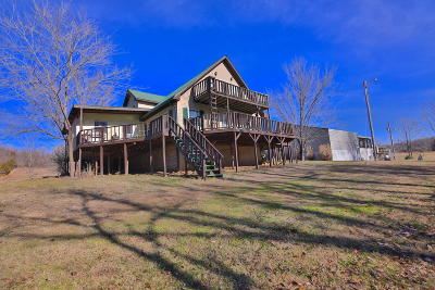 Single Family Home For Sale: 4397 Bayou Access Road