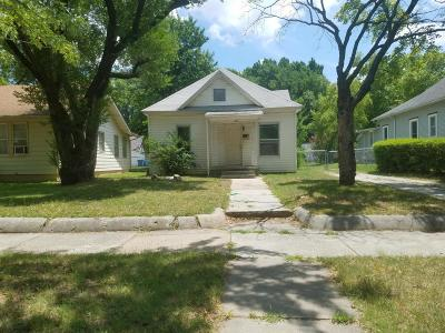 Joplin Single Family Home For Sale: 327 North Sergeant Avenue
