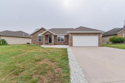 Nixa Single Family Home For Sale: 792 South Mulberry Lane