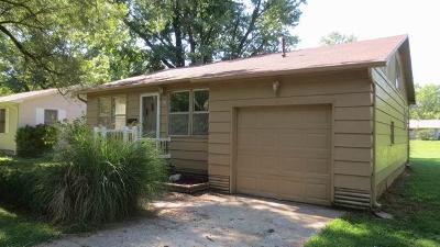 El Dorado Springs Single Family Home For Sale: 218 West Lafayette