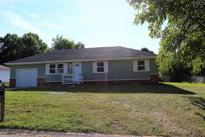 Nixa MO Single Family Home For Sale: $133,900