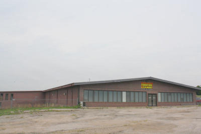 Commercial For Sale: 1779 South Highway 63