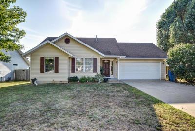 Republic MO Single Family Home For Sale: $124,900
