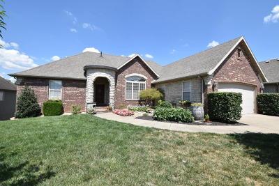 Nixa MO Single Family Home For Sale: $325,000
