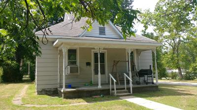El Dorado Springs Single Family Home For Sale: 212 North Kirkpatrick Street