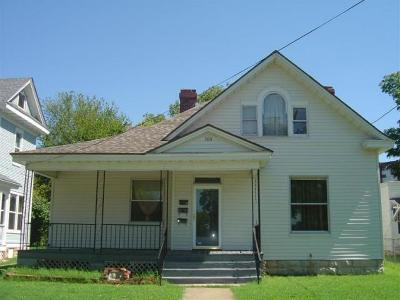 Springfield Multi Family Home For Sale: 500 South Main Avenue