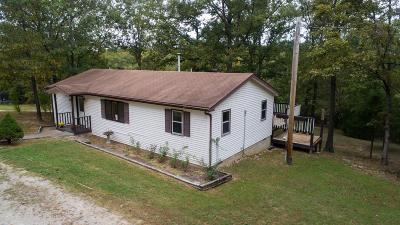 Walnut Shade Single Family Home For Sale: 395 Shady Rapids Road
