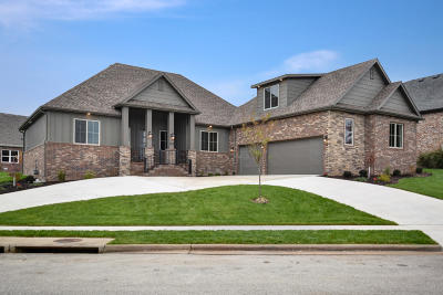 Nixa Single Family Home For Sale: 1431 Rich Hill Circle Drive