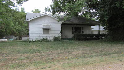 Pittsburg Single Family Home For Sale: 25939 Elk Road