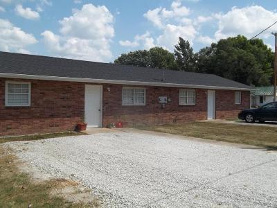 Dallas County Multi Family Home For Sale: 901 Apple Drive
