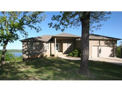 Single Family Home For Sale: 1104 Ozark Hollow