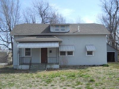 Springfield Multi Family Home For Sale: 1450 North West Avenue