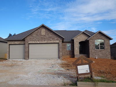 Ozark Single Family Home For Sale: 3206 North Marlin Drive
