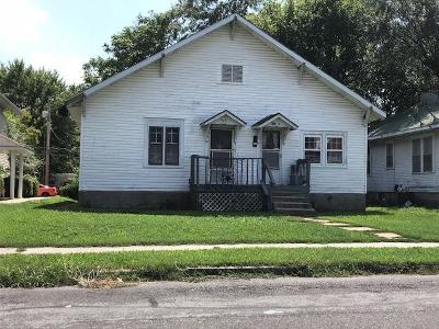 Springfield Single Family Home For Sale: 526 West Nichols Street