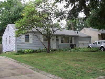 Single Family Home For Sale: 1608 North Hocker Street