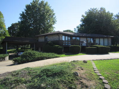 Single Family Home For Sale: 18600 East 2028 Road