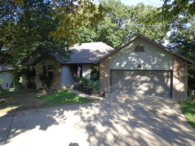 Country Farm Estates Single Family Home For Sale: 160 Alysse Lane
