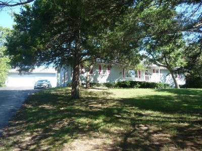 Reeds Spring Single Family Home For Sale: 627 Double O Nine Road