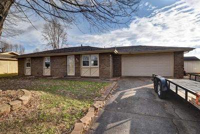 Republic MO Single Family Home For Sale: $119,900