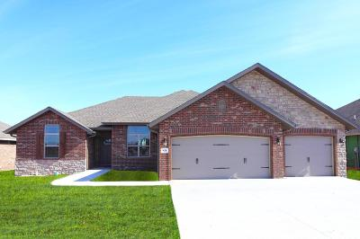 Nixa Single Family Home For Sale: 618 Eagle Park Drive #Lot 7