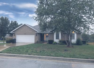 Ozark MO Single Family Home For Sale: $219,900