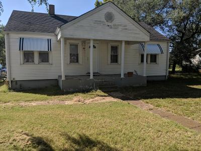 Stockton MO Single Family Home For Sale: $49,900