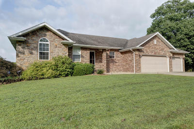 Nixa Single Family Home For Sale: 2366 South Alcey Way