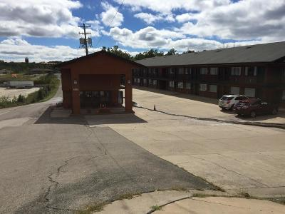 Commercial For Sale: 3033 Shepherd Hils Expressway Expressway