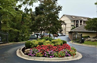 Branson, Branson West Condo/Townhouse For Sale: 123 Royal Vista Drive #5-506