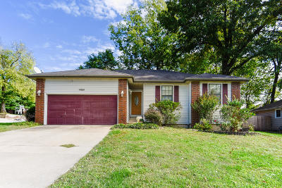 Springfield MO Single Family Home For Sale: $122,500