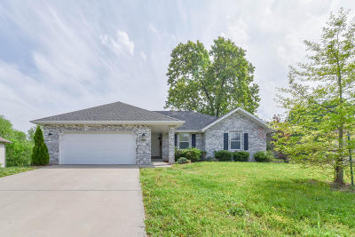 Springfield MO Single Family Home For Sale: $174,950