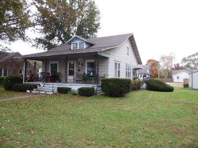 Mountain Grove MO Single Family Home For Sale: $81,000