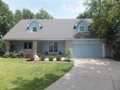 Springfield Single Family Home For Sale: 1346 South Raintree Place
