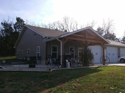 Stone County, Taney County Single Family Home For Sale: 10015 Us Hwy 160