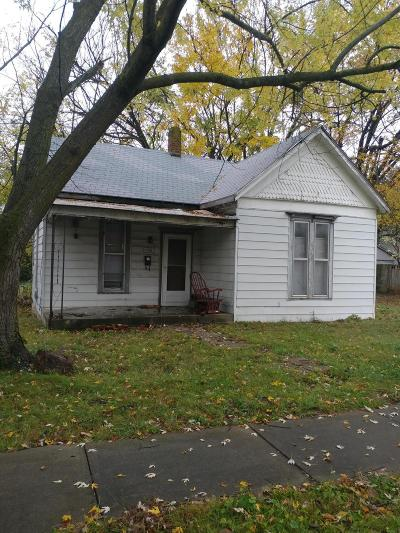 Springfield Single Family Home For Sale: 2201 North Taylor Avenue